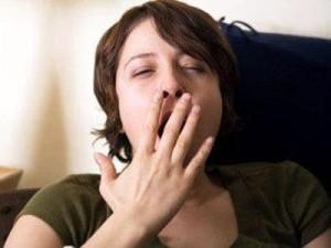 Почему днем хочется спать - сонливость в дневное время