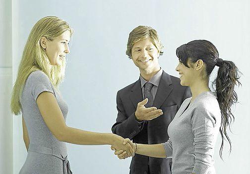 Как влиться в новый коллектив на работе