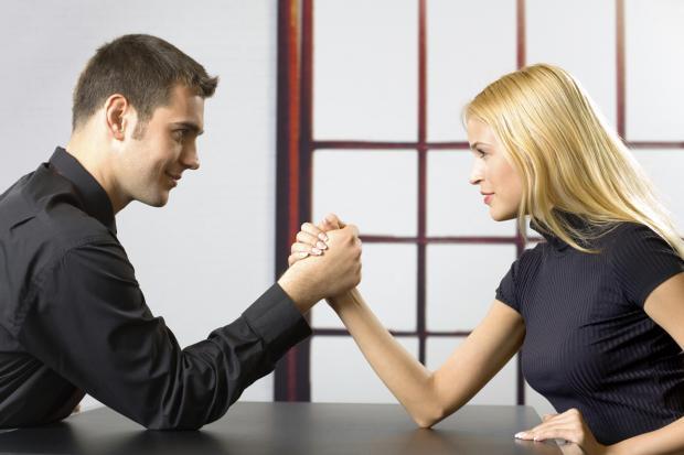 Кто в доме хозяин, мужчина или женщина? Решение вопроса