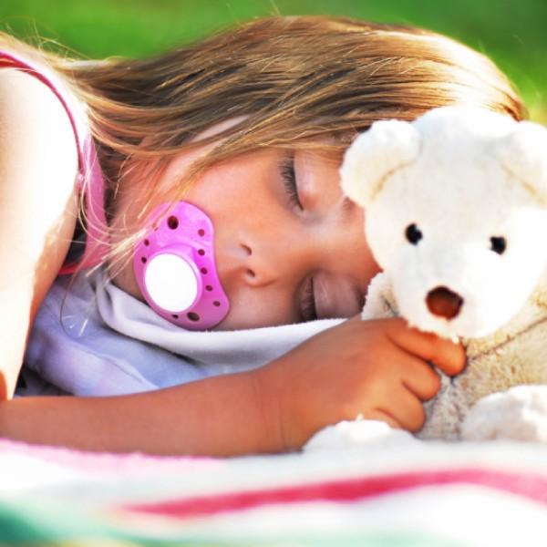 Как отучить ребенка от пустышки быстро и эффективными методами