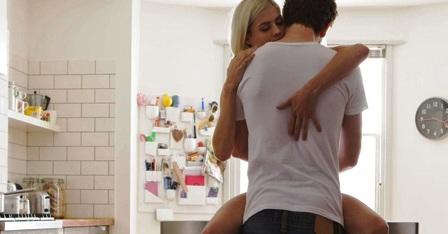 Как разнообразить интимные отношения с парнем