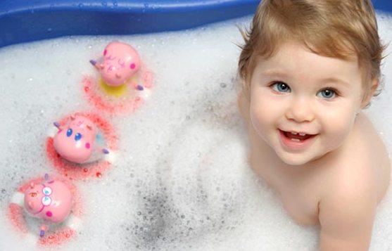 Детские игры в ванной