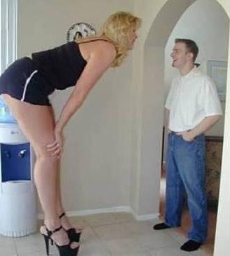 Секс высокого мужчины и маленькой женщины видео