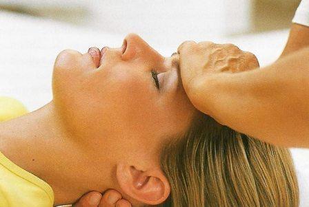 Как делать массаж головы правильно и эффективно