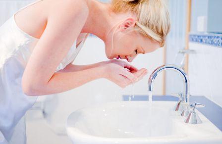 Лечение угрей в домашних условиях