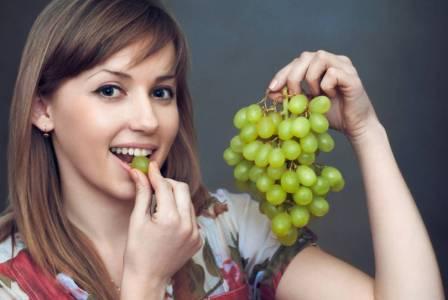 Виноград при беременности можно или нельзя