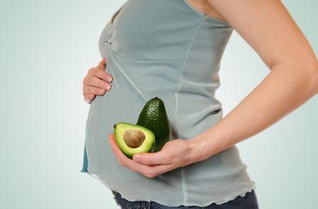 Авокадо при беременности: польза, вред и противопоказания