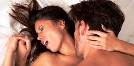 Как быстро возбудиться девушке от поцелуев в шею