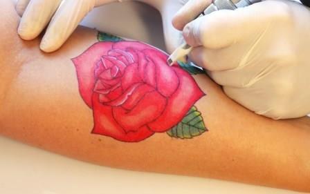 Можно ли делать татуировки при беременности