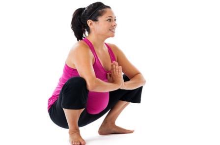 Приседания во время беременности: польза, вред и противопоказания