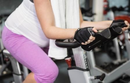 Велотренажер и беременность: польза, вред и противопоказания