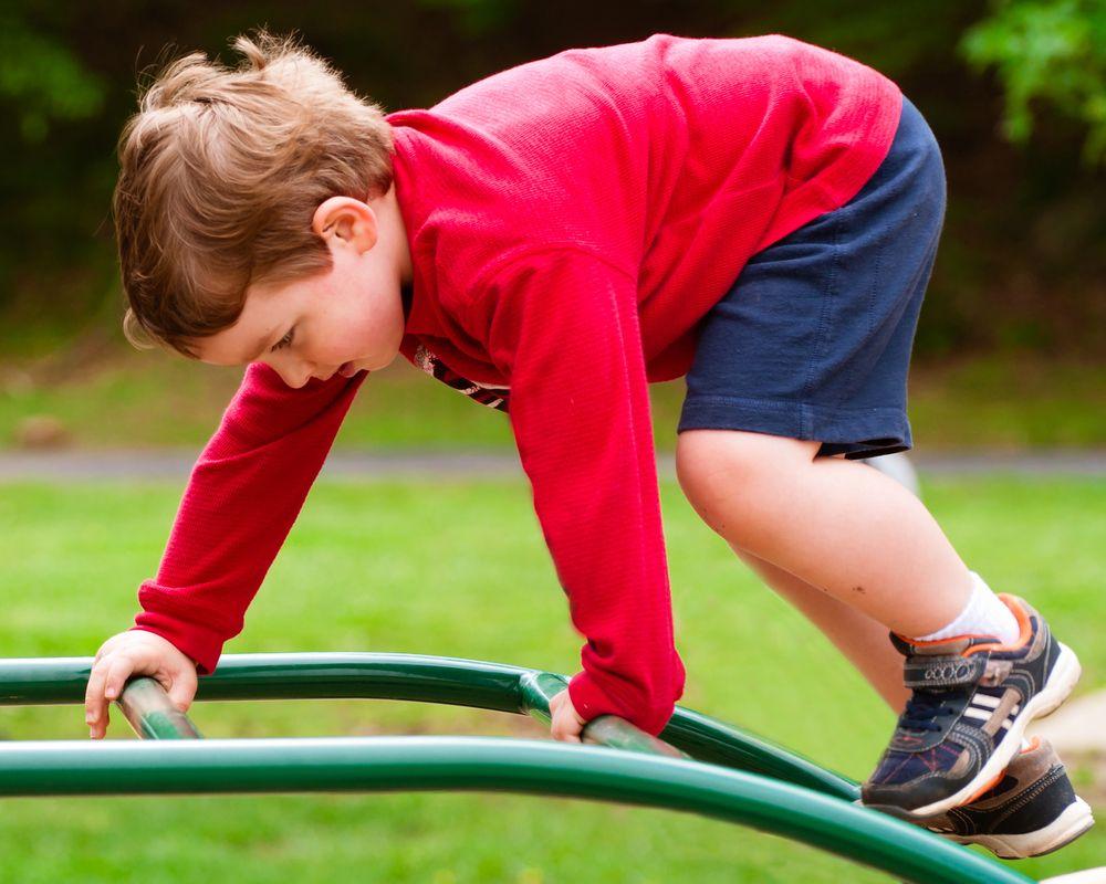 Гиперактивный ребенок, что делать