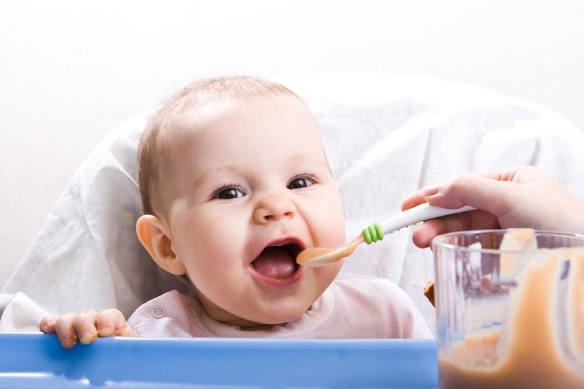 Питание ребенка от 0 до 3 лет или чем и как кормить