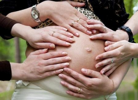 Во время беременности твердеет живот