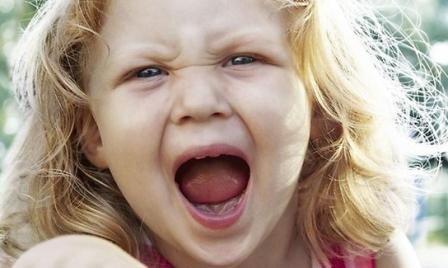 Истерика у ребенка, что делать и как с этим бороться