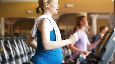 Беговая дорожка при беременности: польза, вред и противопоказания